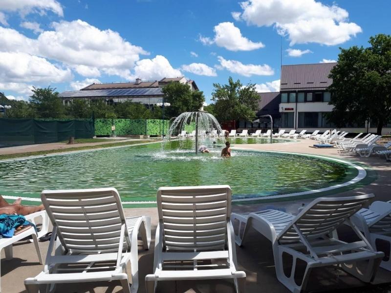 Отворени термални базен